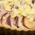 almond tart with apple